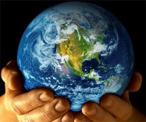 20120422182434-planeta-tierra-manos-hombre.jpg