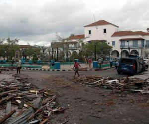 20121026124928-huracan-sandy-santiago-de-cuba.jpg