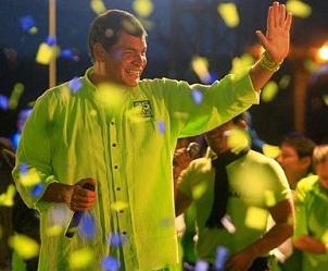20130218132537-rafael-correa-elecciones.jpg