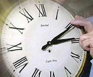 20130305132558-cuba-adelanta-su-reloj-esta-noche-una-hora.jpg
