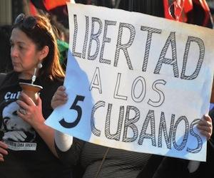 20100914134007-manifestacion-en-argentina-por-los-cinco-10-580x4481.jpg