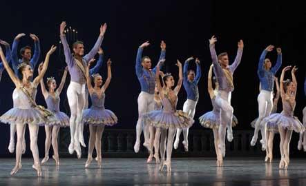 20101105041426-ballet.jpg
