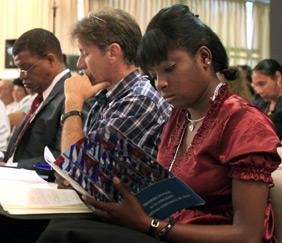 20110418032114-delegados.jpg