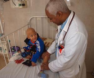 20110907132533-cuba-ninos-con-cancer-atencion-salud1.jpg