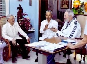 20120413163342-fidel-castro-lider-vietnamita-300x222.jpg