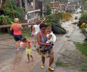 20121026123748-santiago-huracan-sandy.jpg