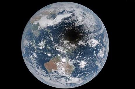 20170728140952-luna-eclipse-planeta-tierra-580x386.jpg